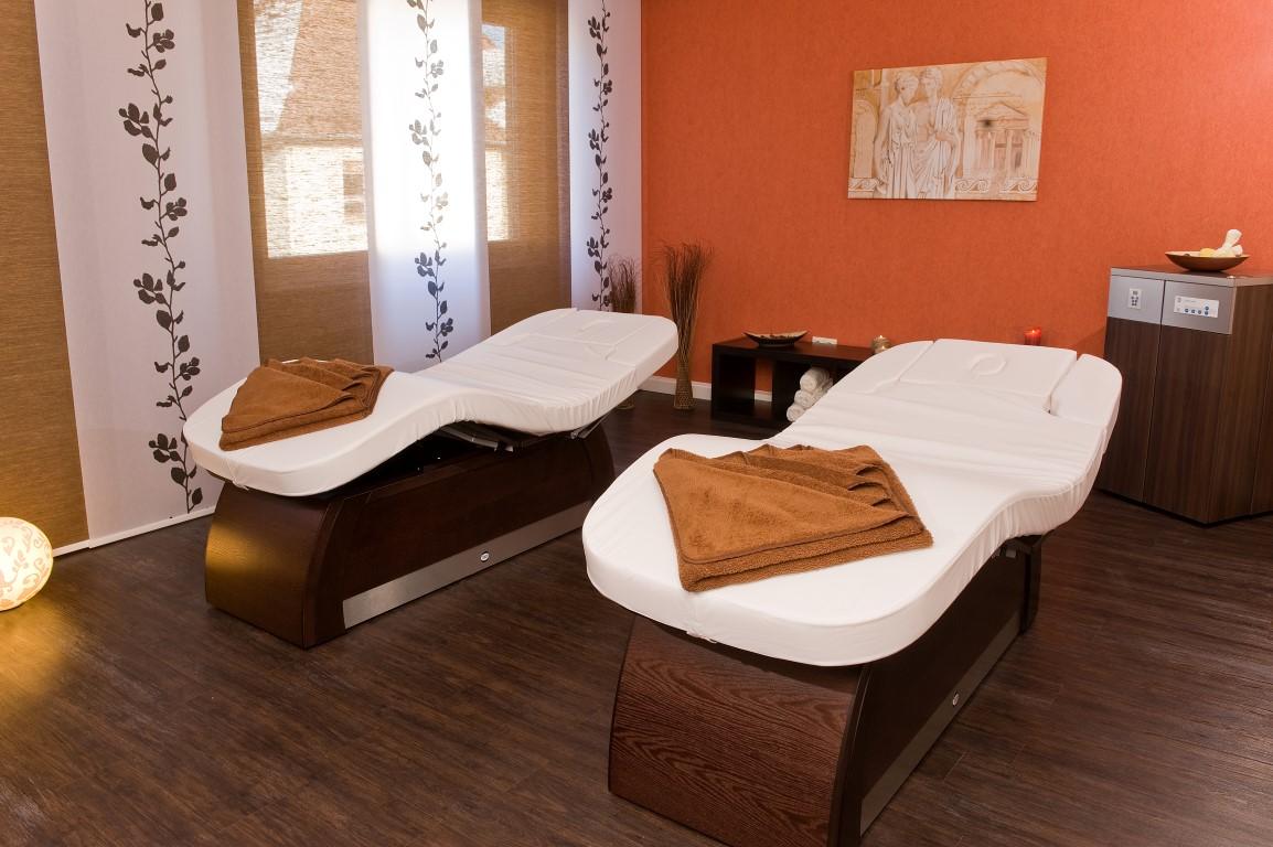 Behandlungsraum Wellness-Lounge