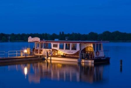 Loungeboottour auf dem Ruppiner See