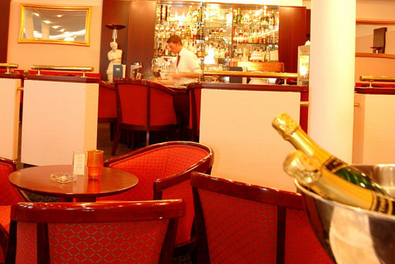 Gem�tliches Ambiente Victor's Bar