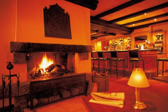 Treschers Schwarzwaldhotel Restaurant & Bar - Gemütliche Stunden am Kamin