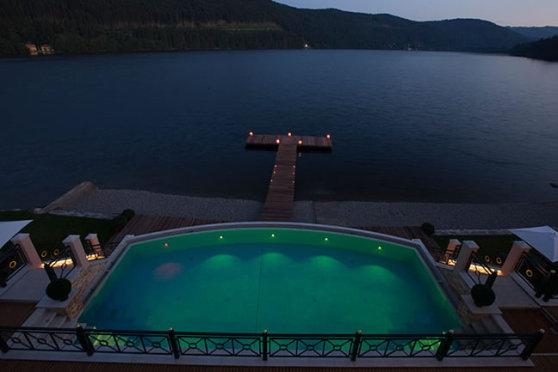 Blick auf den Titisee (Bildquelle: Romantik Treschers Schwarzwaldhotel)