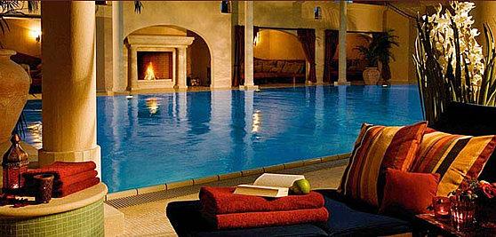 4.200 qm Wohlfühlfläche mit Schwimmbad