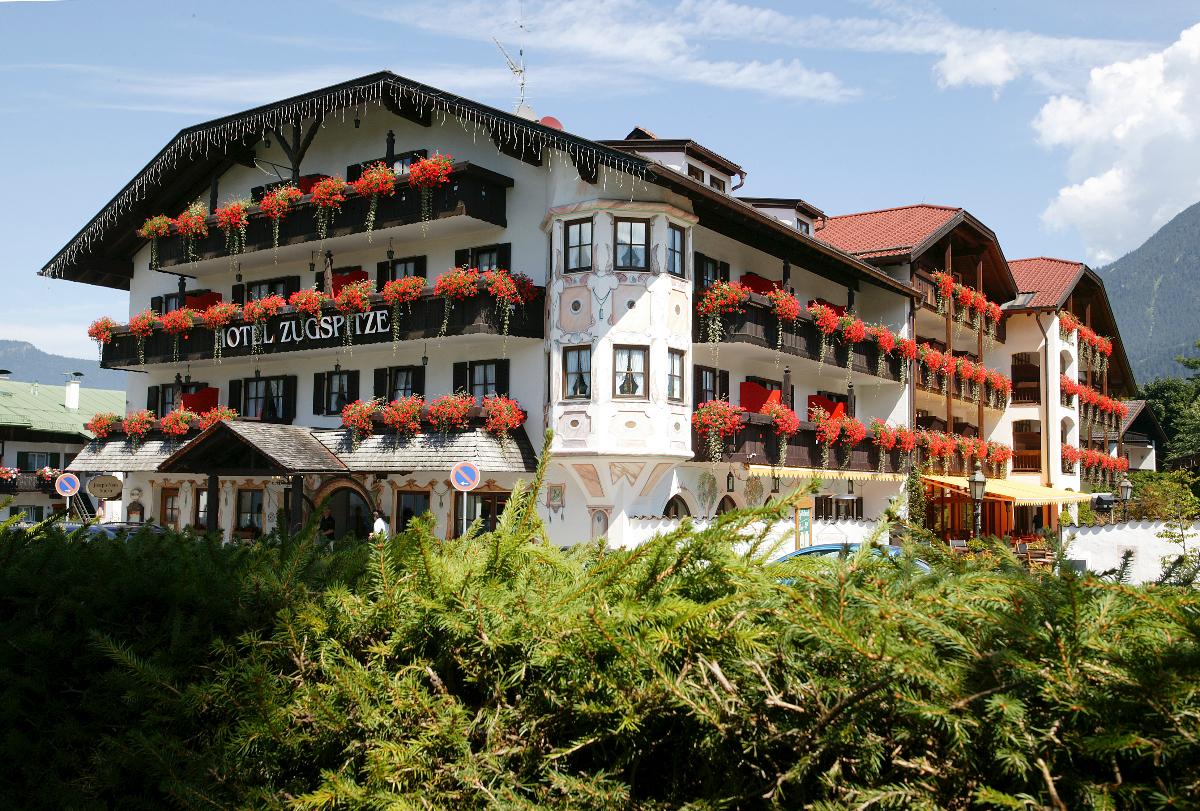 Bayerische Gastlichkeit im Herzen von Garmisch-Partenkirchen