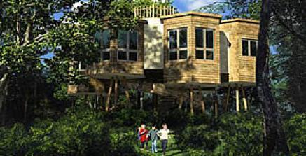 Bildquelle: Baumhaus im Center Parcs Bispinger Heide zwischen Hamburg, Bremen und Hannover