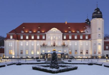 Bildquelle: Winterstimmung im Radisson Blu Schloss Fleesensee - für mehr Informationen einfach auf das Bild klicken.