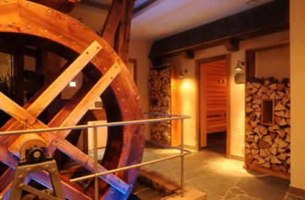 Blick in die Saunalandschaft des Landidyll Wellnesshotel Michels