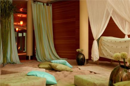 Bildquelle: Orientalisches Wellness-Feeling gibt es auch auf dem Festland z.B. in der Fontane Therme mit Resort Mark Brandenburg bei Berlin