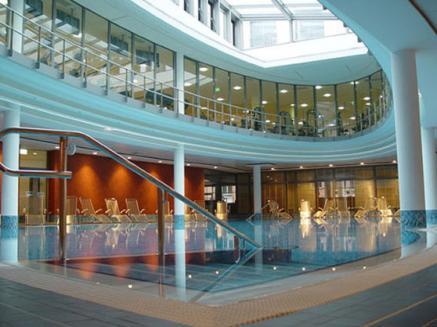 Badelandschaft im Wellnesshotel Centrovital in Berlin