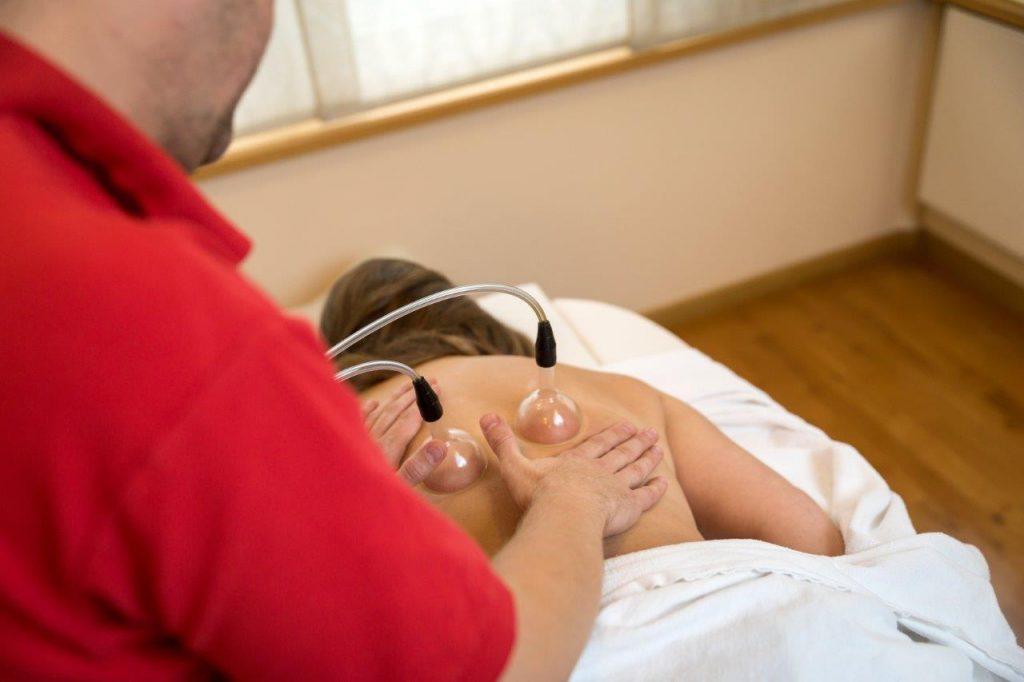 Schröpfen & Massage Fotoquelle: Kurverwaltung Binz, Konrad Nickel