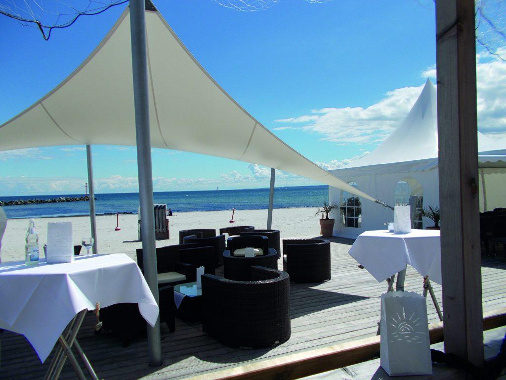 Kreative Tagungsideen & Eventlocation - Hochzeit am Strand im Ostsee Resort Damp