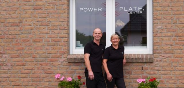 Bernd & Petra vom Power Plate Center Rosengarten