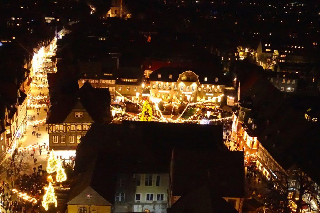Weihnachtsmarkt Goslar Blick von der Himmelsleiter