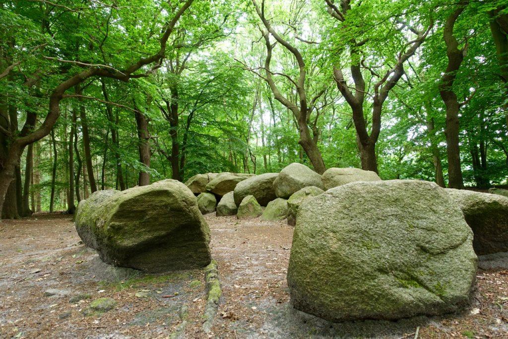 Stonehenge in Deutschland -Straße der Megalithkultur