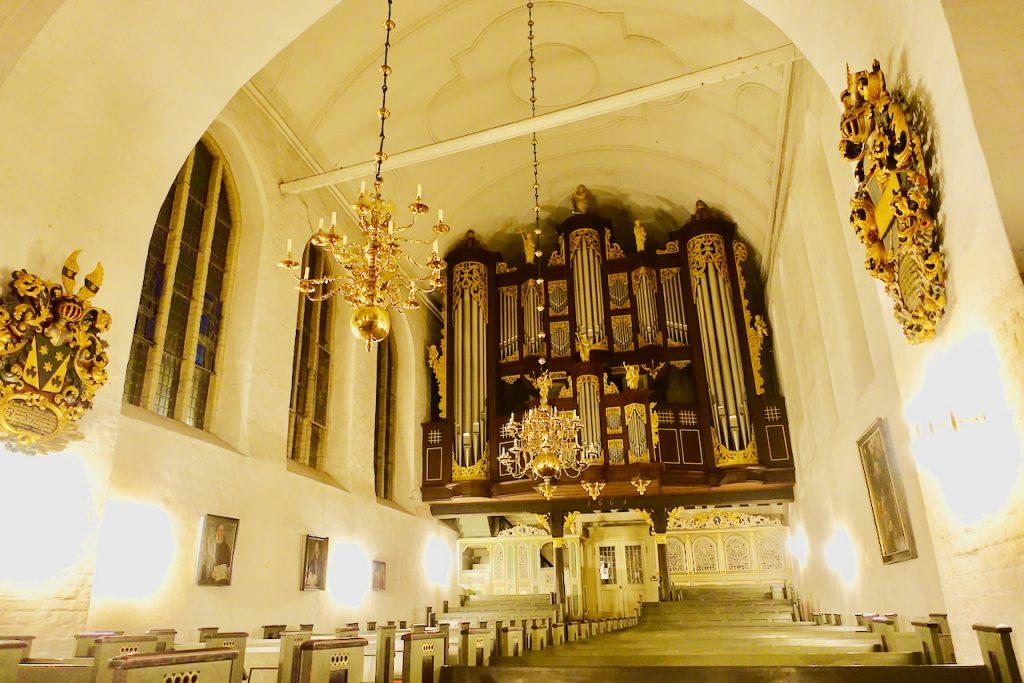Weihnachtsmarkt Stade in der St. Cosmae Kirche