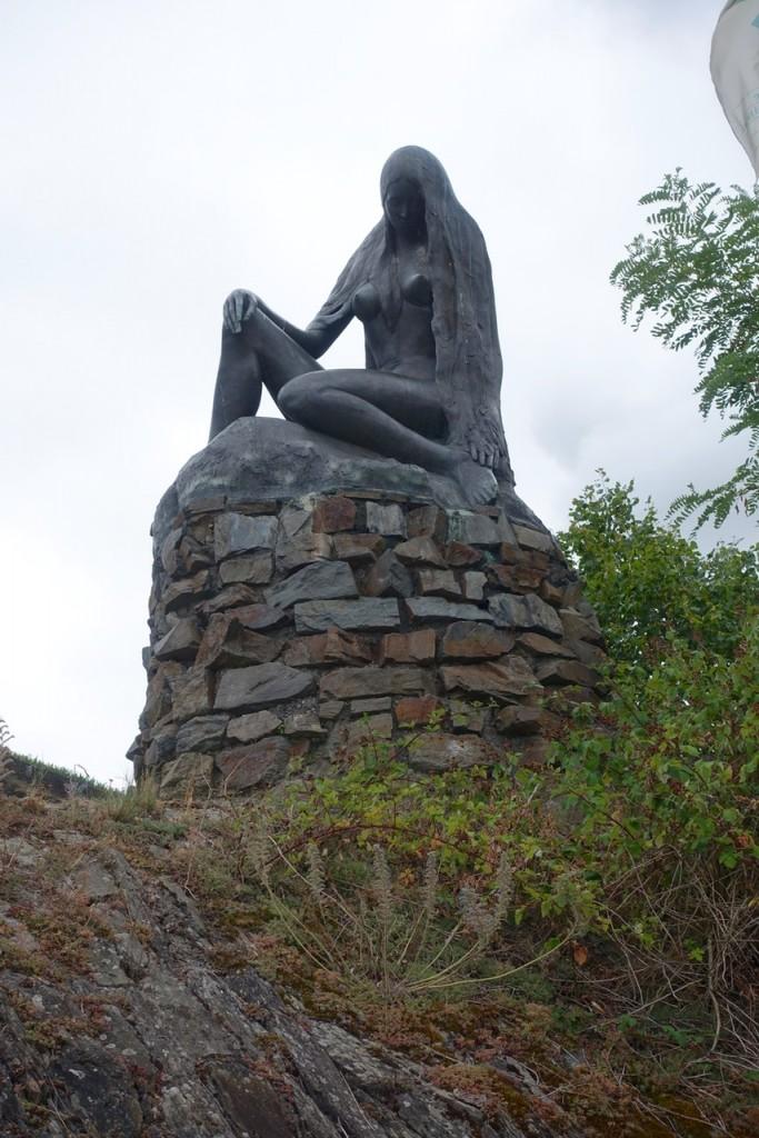 Die Loreley Figur am Rhein