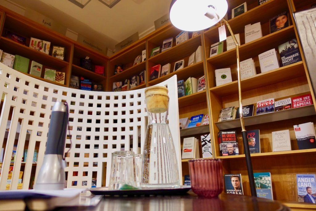 Uebernachten Buchhandlung Buxtehude