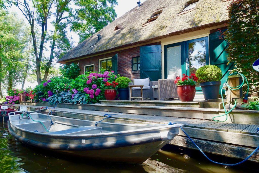 Giethoorn Fotos: Giethoorn Ferienhaus mit Boot