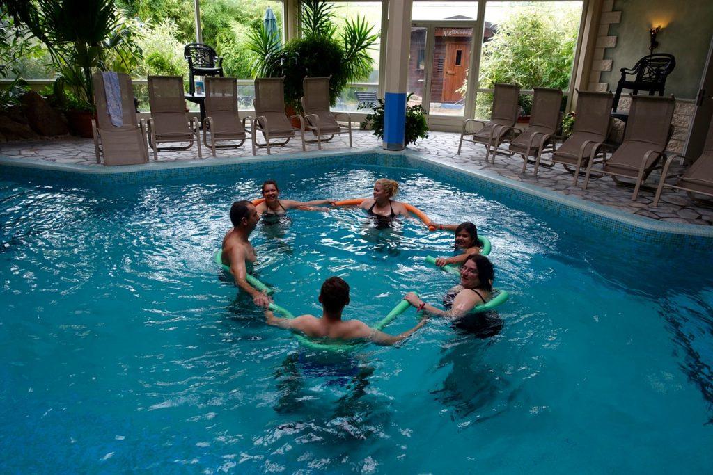 Wir halten uns fit mit Aqua Fitness