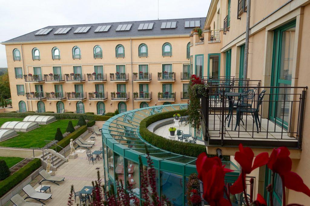 Blick aus dem Hotelfenster - Victor's Residenz Hotel Schloss Berg