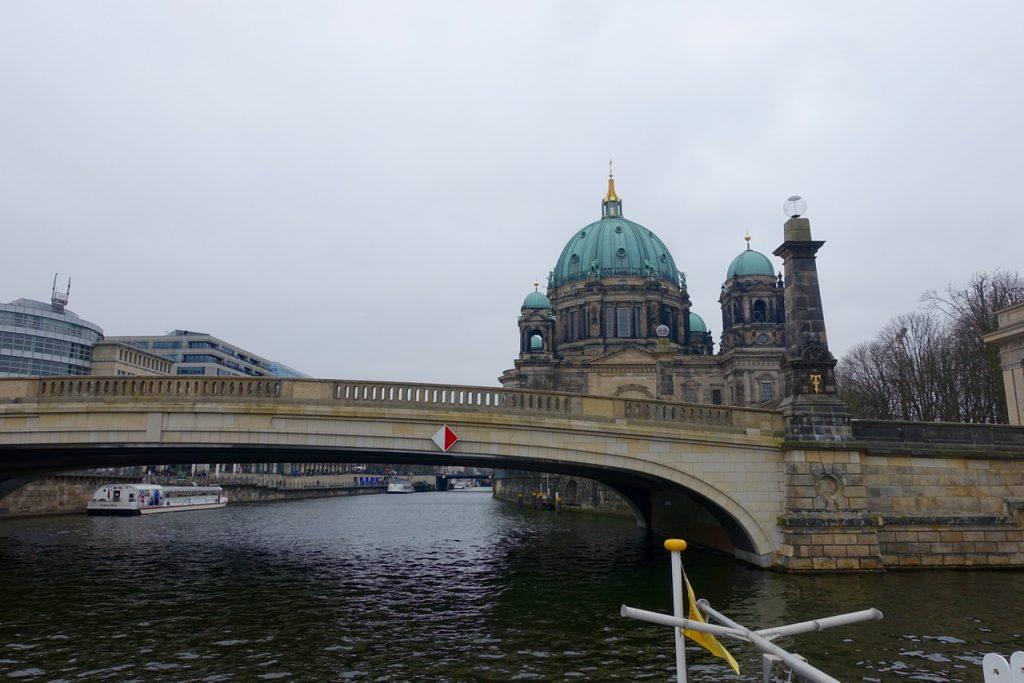 Wohing in Berlin - Auf dem Wasser durch Berlin