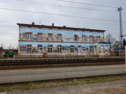 Kleines Kunstwerk?! - Bahnhof Bad Wilsnack