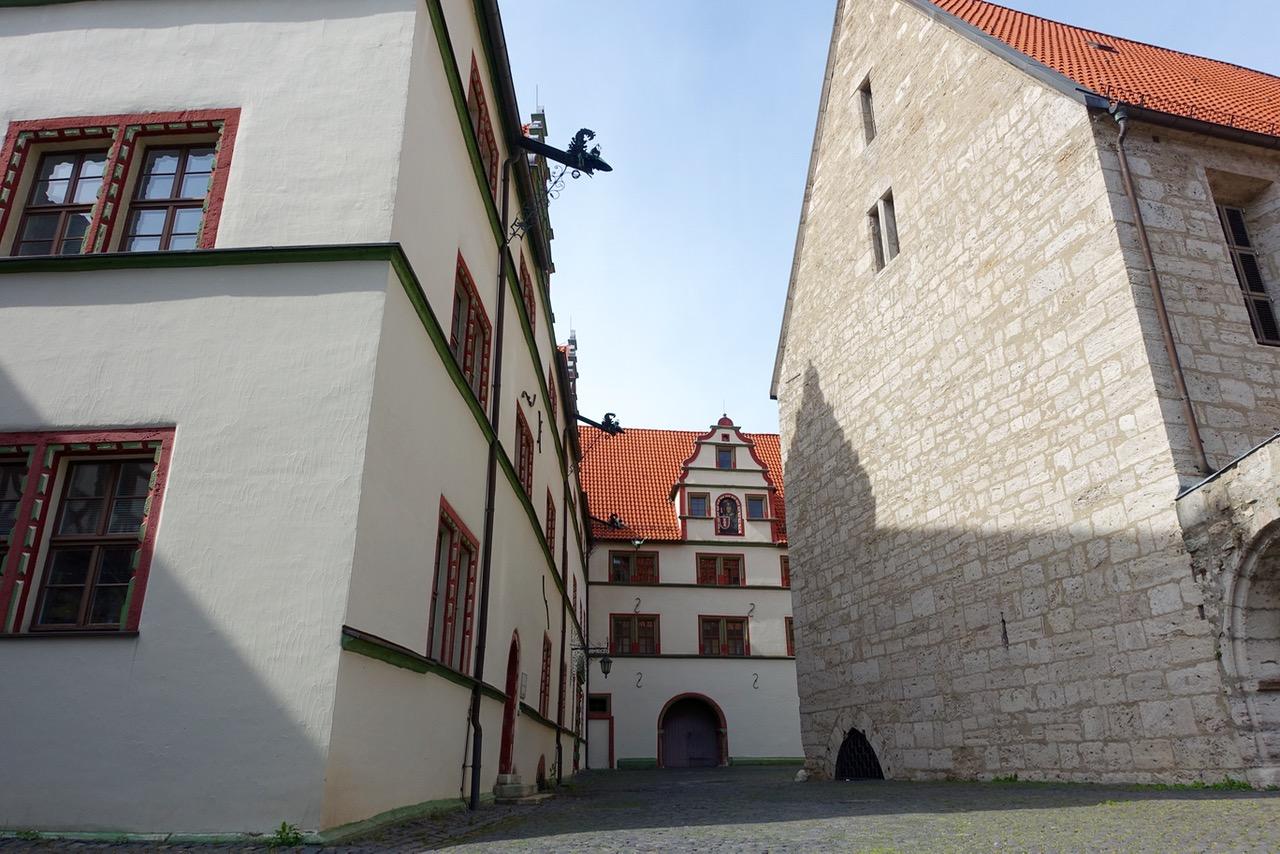 Blick auf das historische Rathaus Mühlhausen