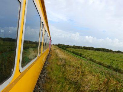 Per Inselbahn gehts weiter über die Nordseeinsel Langeoog