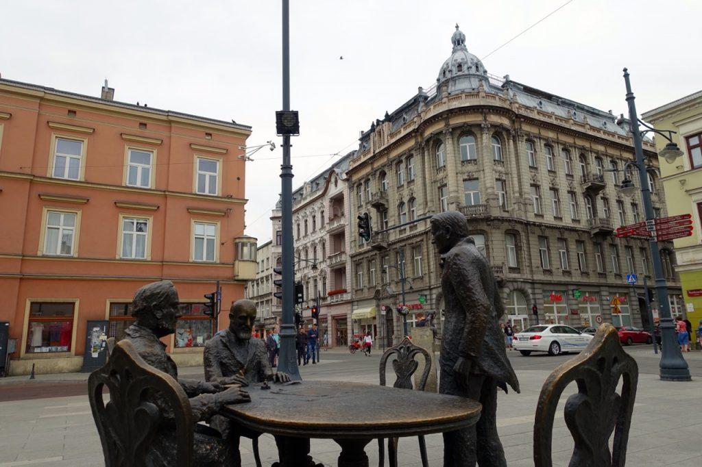 Denkmal für die drei bekanntesten Industriellen in Lodz - Grohman, Scheibler, Poznanski