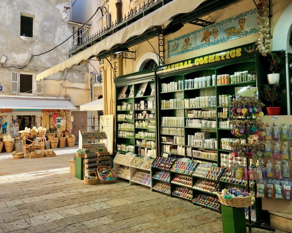 Korfu Urlaub unterwegs in Korfu Stadt - erinnert an Venedig