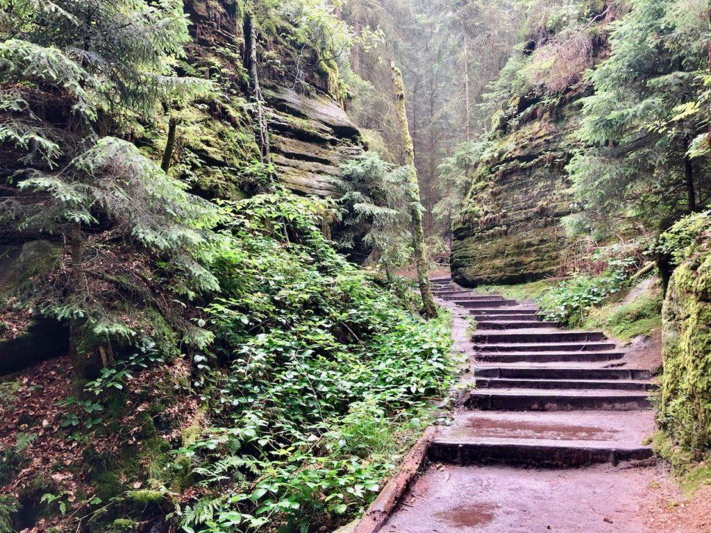 Wandern Elbstandsteingebirge Schwedenloecher