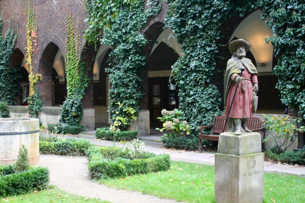 St. Petri Dom Innenhof