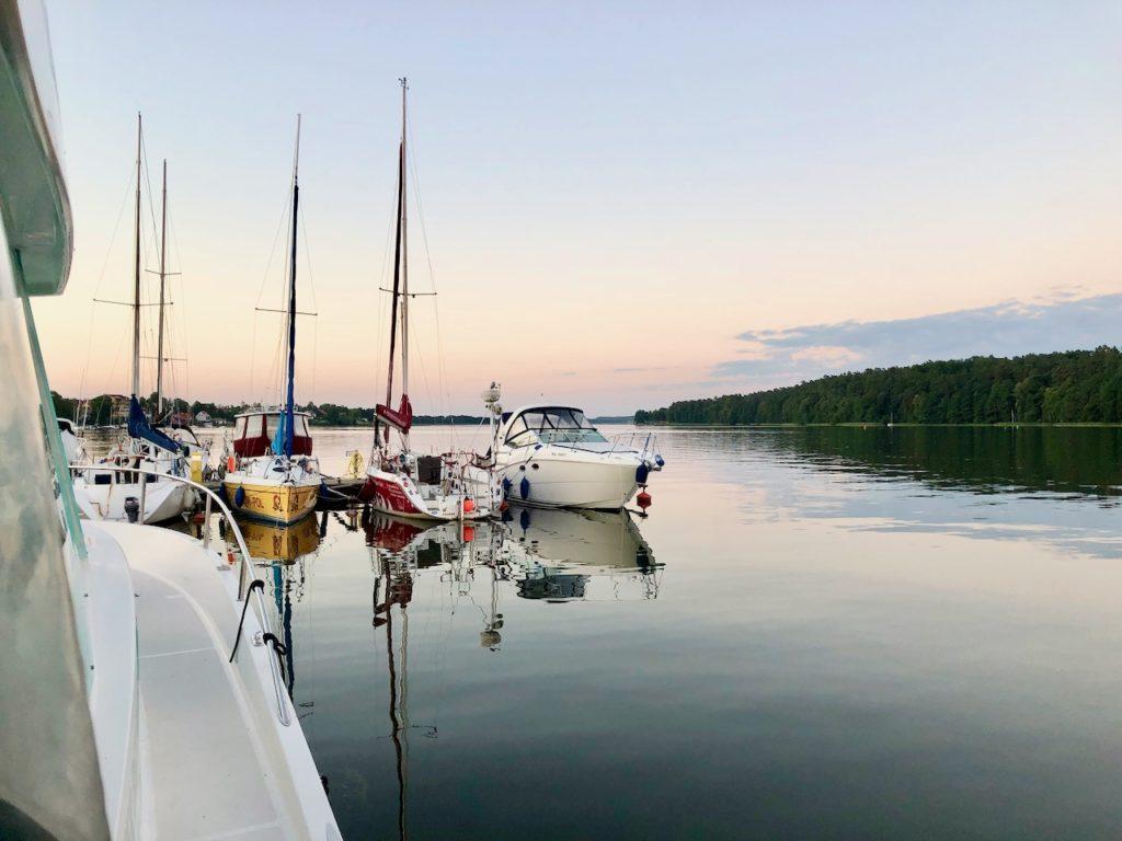 Masuren-Staedte-Hopping mit dem Hausboot