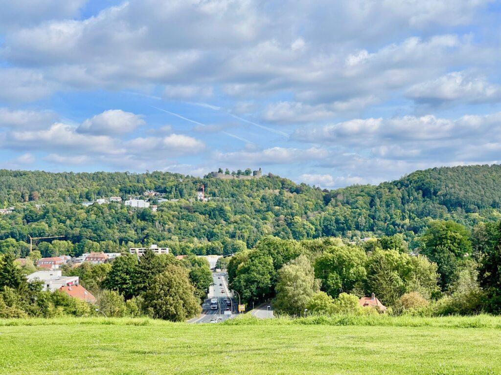Ausblick zur Burg Botenlaube