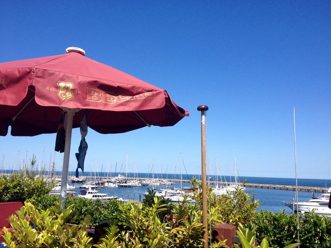 Ausblick von der Terrasse – Yachthafen-Residenz Hohe Düne