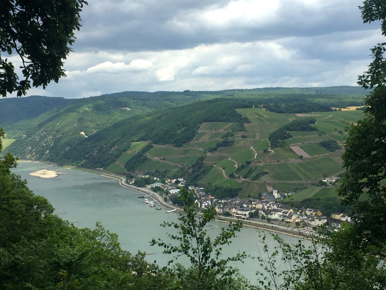 Wandern auf dem Rheinburgenweg