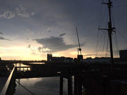 Sonnenuntergang Weser Bremen - Goldene Stunde