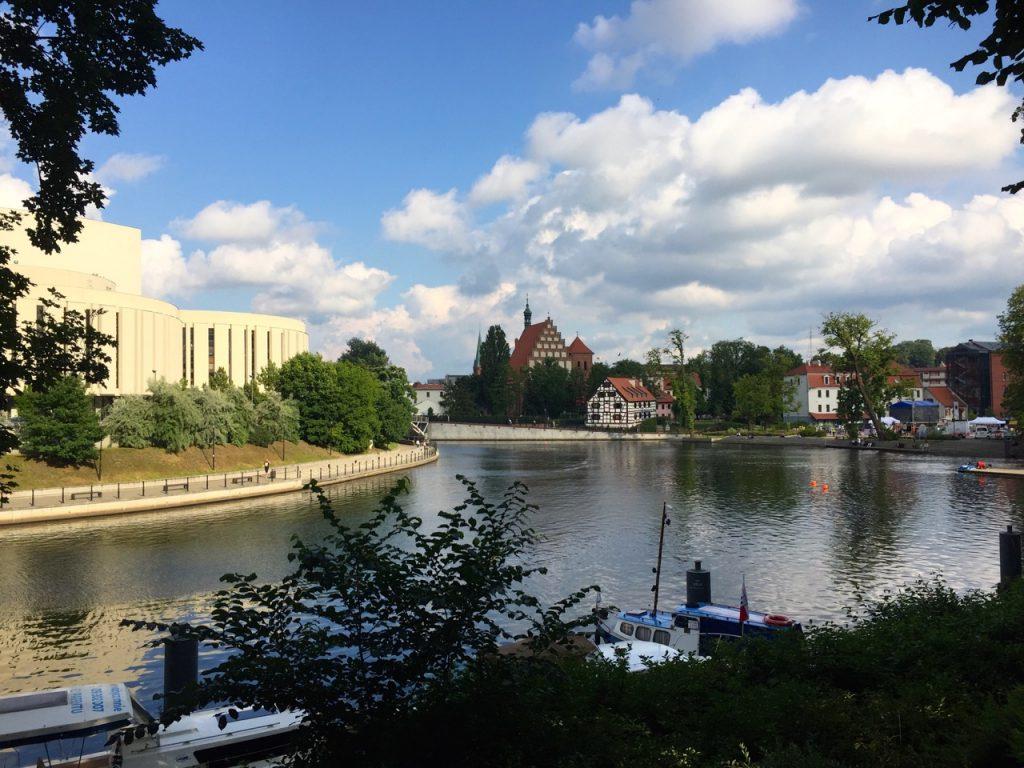 Blick vom anderen Ufer auf Oper und klein Venedig von Bromberg