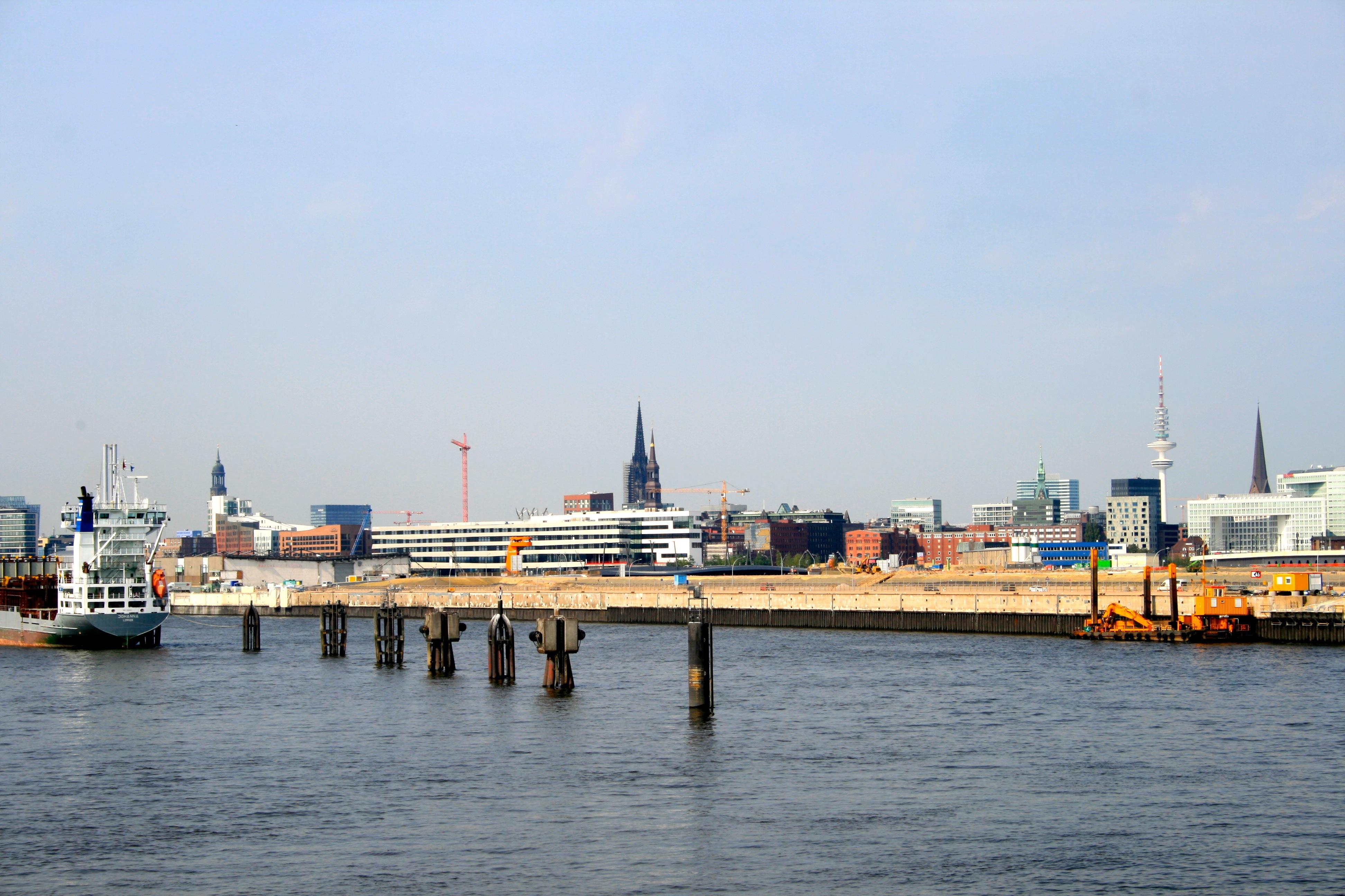 Mit dem Fahrrad durch Hamburg