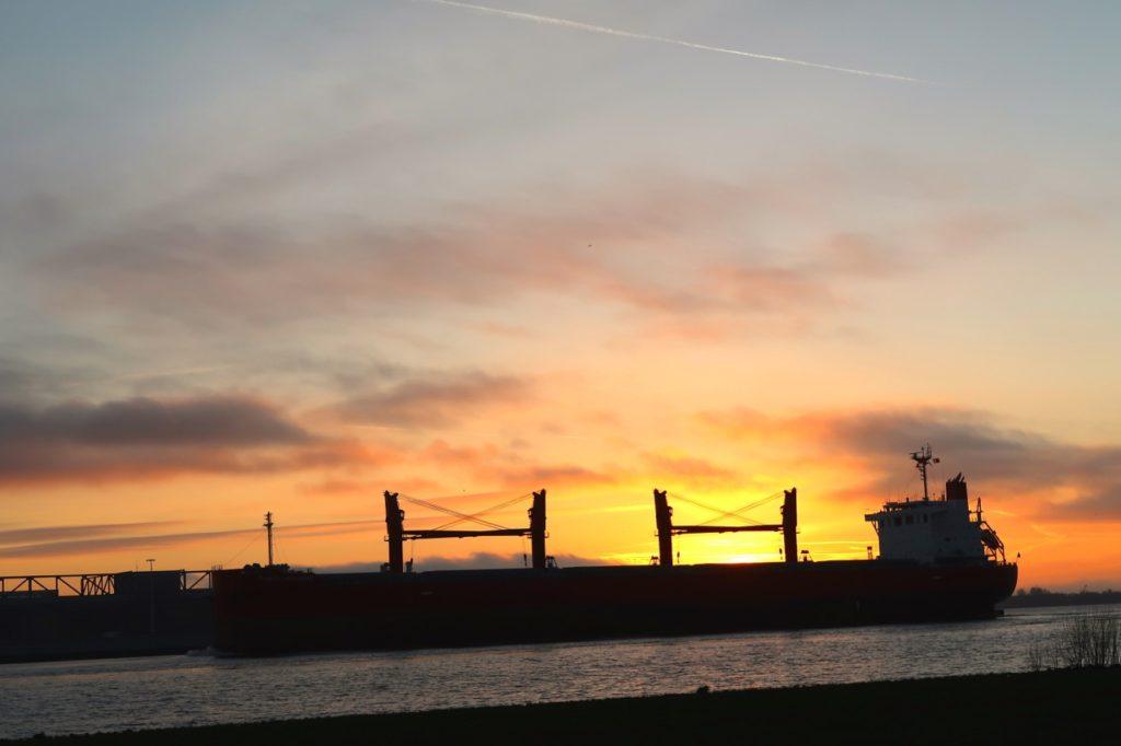 Sonnenuntergang Elbe Hamburg