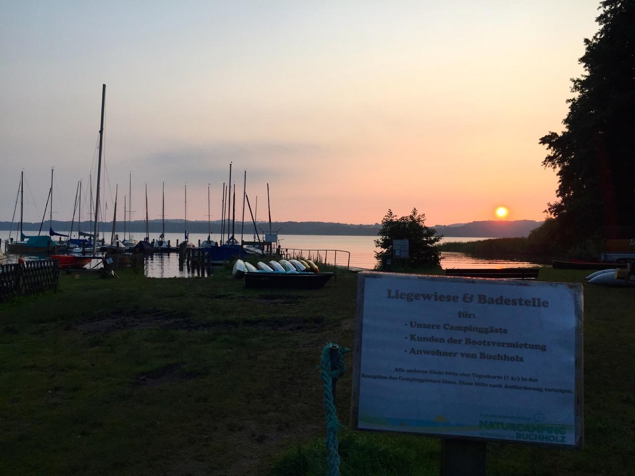 Ratzeburger See: Baden zum Sonnenaufgang
