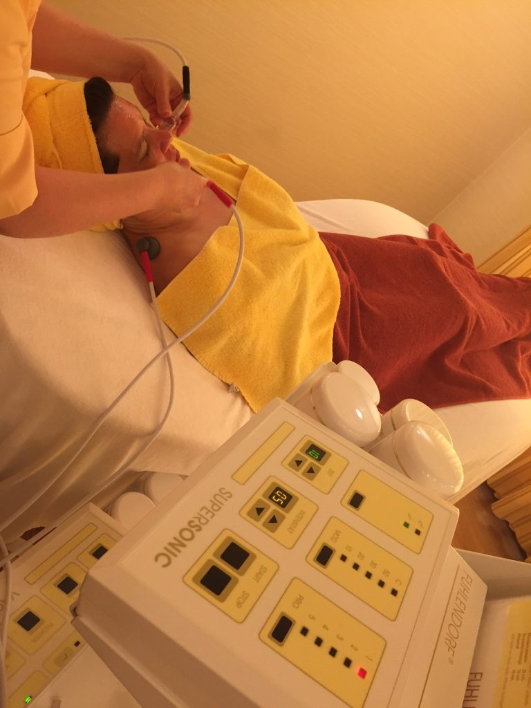 Apparative Kosmetik - Mikrodermabrasion im Hotel Deimann