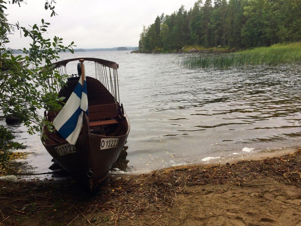 Finnland Urlaub - mit dem Boot auf die Insel am Saiima See