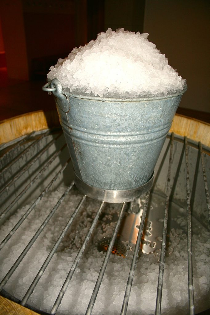Eis zur Abkühlung nach der Sauna