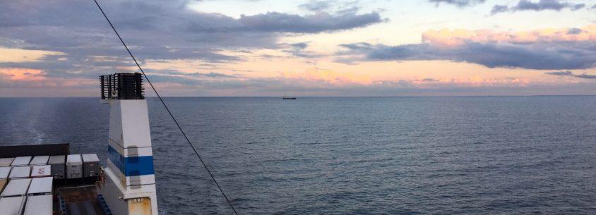 Finnlines Sonnenuntergang auf der Ostsee