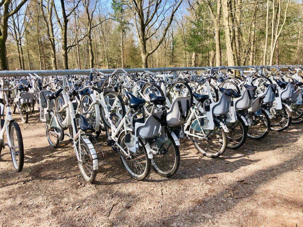 Hoge Velowe Nationalpark weisse Fahrraeder