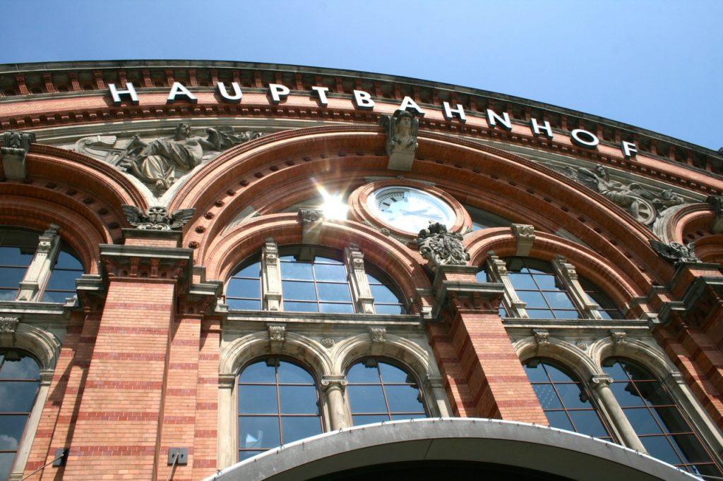 Reisetipps für den Urlaub Bremen Flughafen, Hauptbahnhof & Co.