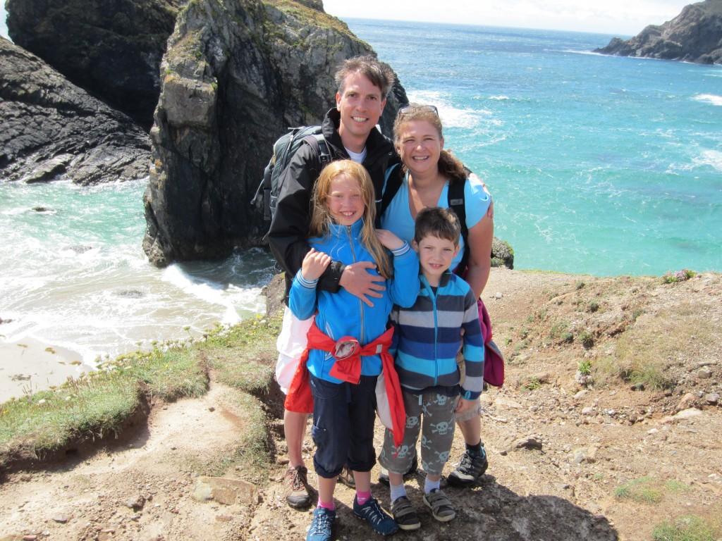 Antje und Familie vom Familienreiseblog mee(h)r-erleben.de