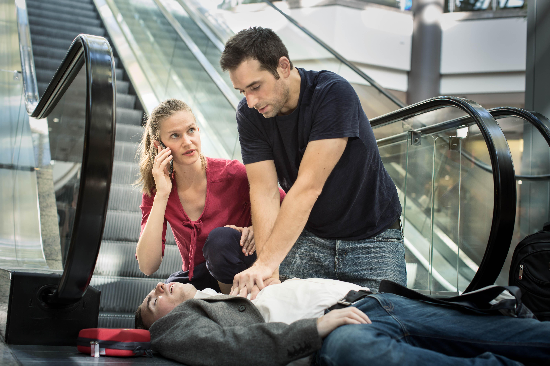 Notfallsituation mit Herzdruckmassage_IKLR