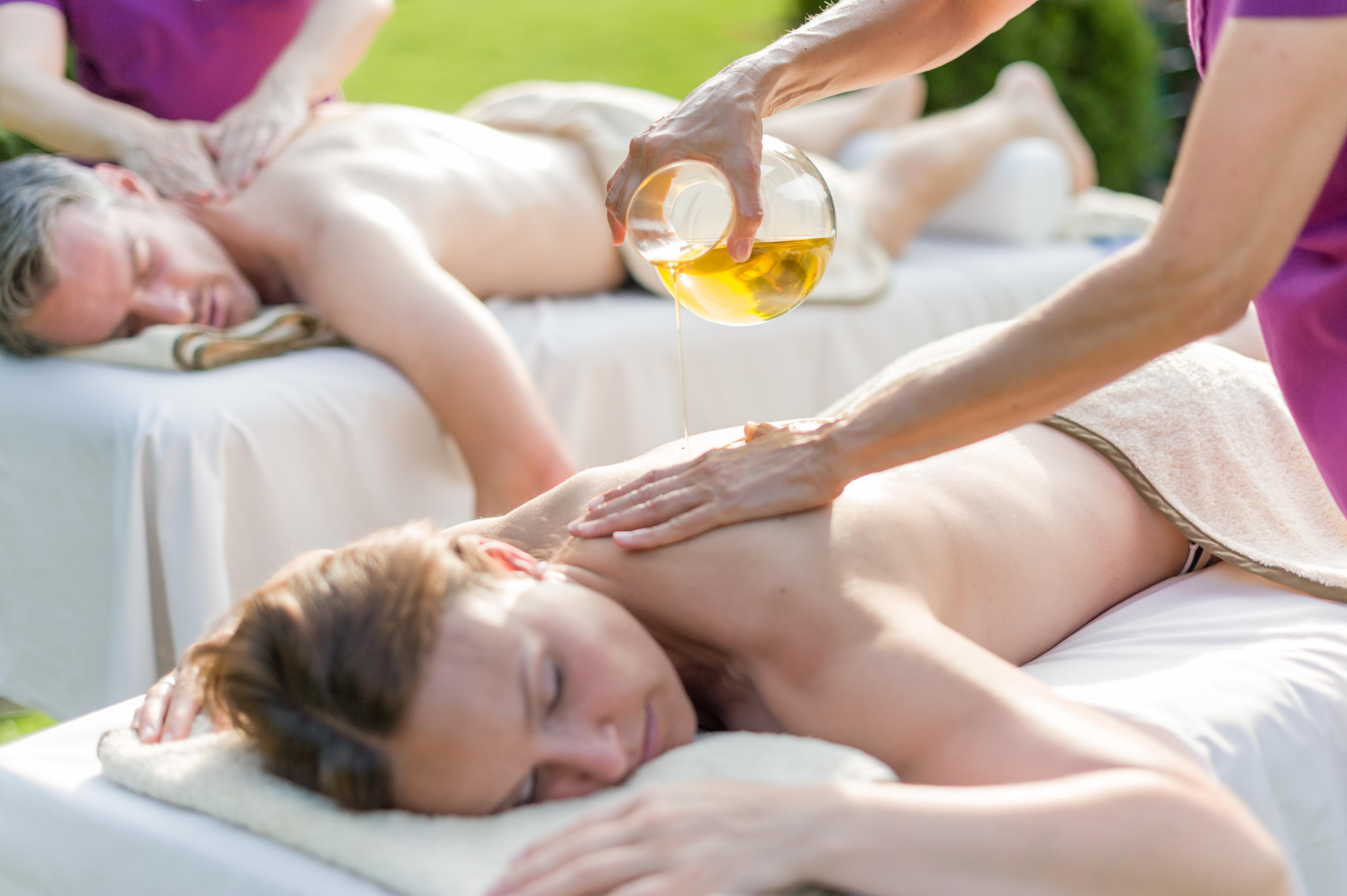 RoLigio-Massage-©-Romantischer-Winkel