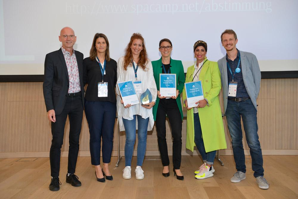 Verleihung Young Spa Award mit der Fachjury und den 3 Nominierten. Foto: DH STUDIO Köln, Dirk Holst